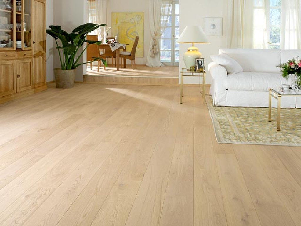 Suelos de madera tarimas flotantes for Suelos madera interior