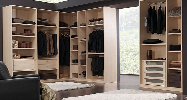 Dise a un interior de armarios a medida para organizar tu ropa - Disena tu armario empotrado ...